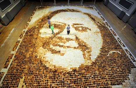 10 Unique Sculptures Made Of Delicious Food That Will Make Your Mouth Water-1