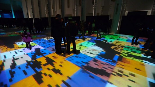Enjoy Magical Walk On The Floor Of Sacre-Coeur Casablanca Illuminated By Thousands Of Colors-6