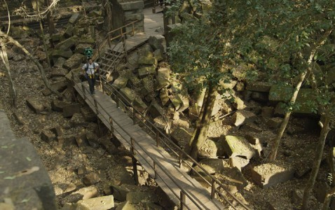 Google Street View Takes You To The Gigantic Temples of Cambodia-