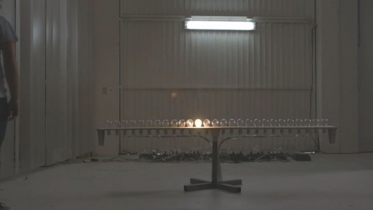 Light Kinetics: See The Light Move From One Bulb To Another Like A Tennis Ball-
