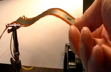 Mini Robots Controlled By Magnetic Field Will Revolutionize Manufacturing-4