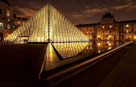 15 Photographs Prove That Paris Is Indeed The City Of Lights-1