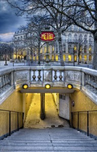 15 Photographs Prove That Paris Is Indeed The City Of Lights-4