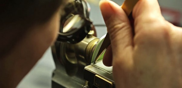 Discover The Extraordinary Precision And Accuracy Of Mechanical Watchmakers-5