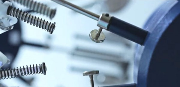 Discover The Extraordinary Precision And Accuracy Of Mechanical Watchmakers-9