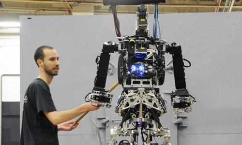 Saffir: A Firefighting Robot Designed By U.S. Navy Against Fires At Ship-