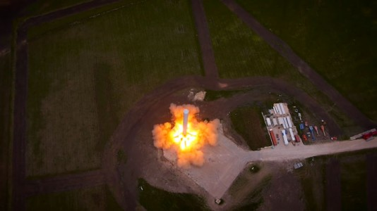 Watch The Spectacular Takeoff And Landing Of A Rocket As Filmed By A Drone (Video)-1