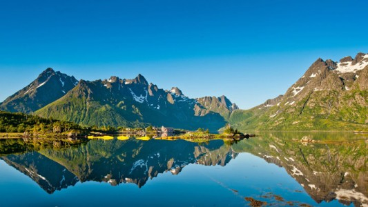 Lofoten -Norway-Stunning Photographs Reveal The Astounding Beauty Of our planet-1