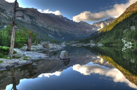 Mills Lake in Rocky Mountain National Park -Colorado-Stunning Photographs Reveal The Astounding Beauty Of our planet-13