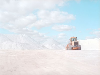 Stroll Through This Surreal Landscape Formed By Gigantic Salt Mines-10