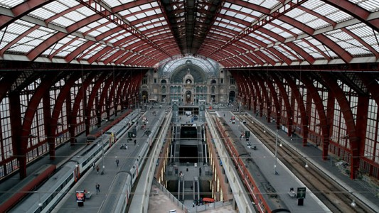 World's Top 6 Most Majestic And Beautiful Train Stations-15