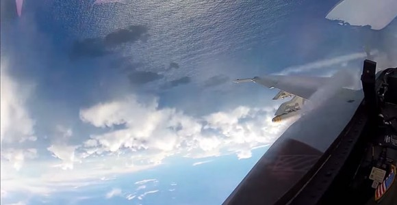 Place Yourself In The Cockpit Of A Fighter Plane Flying Over Japan (Video)-8