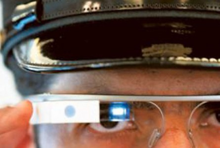 Dubai police is now equipped with Google Glass to traffic violators-2