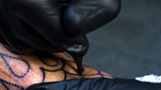 Fascinating Video Reveals Tattoo Making Close-up-2