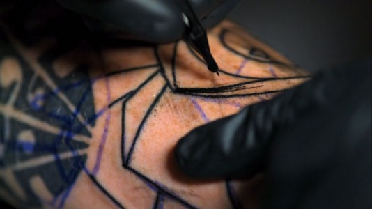 Fascinating Video Reveals Tattoo Making Close-up-3