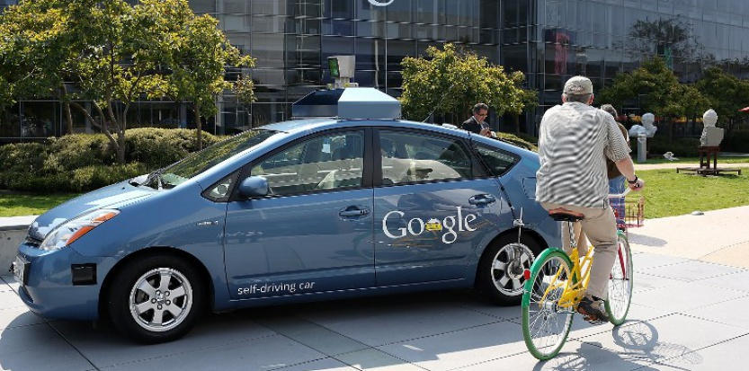 Google Self-Driving Car Navigates In The Middle Of Traffic-