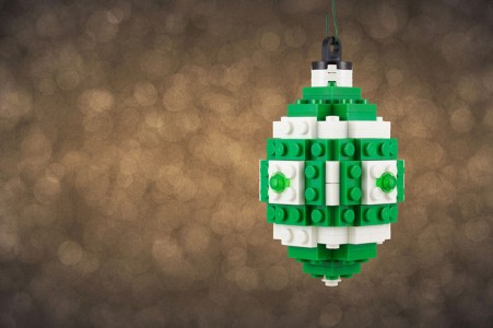 A LEGO Passionate Reproduces Amazing Models Of Everyday Objects-4