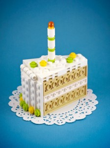 A LEGO Passionate Reproduces Amazing Models Of Everyday Objects-7