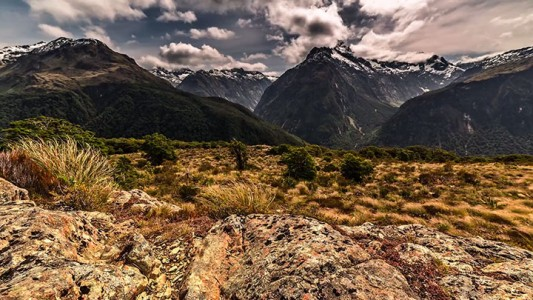 Discover The Most Beautiful Landscapes Of New Zealand (Time-Lapse Video)-12