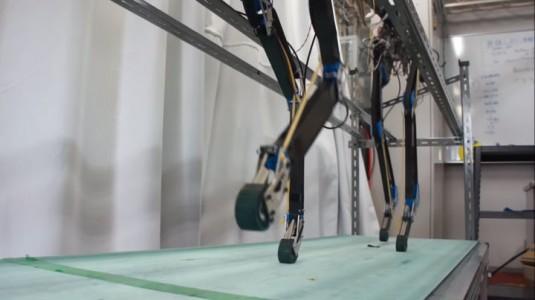 Pneupard: A Quadruped Robot Walks Like A Cheetah Using Artificial Muscles-