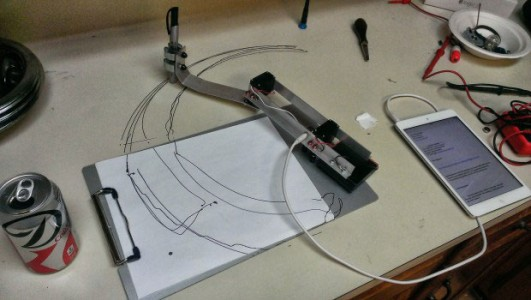 A DIY Mechanical Robotic Arm That Can Draw You Favourite Drawings-3