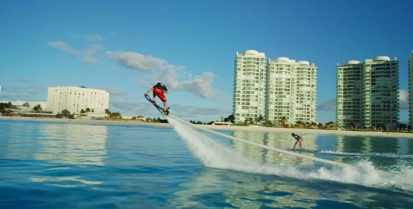 Hoverboard Lets You Surf Many Meters Above And Below Water -4