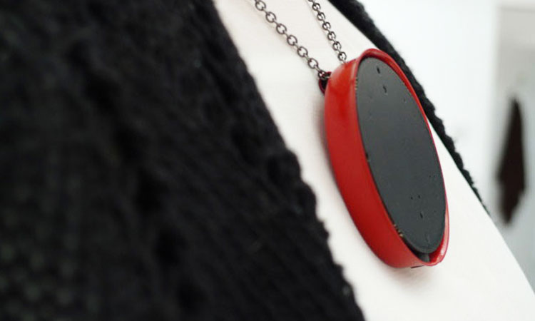 Wear: A Voice Recording Hearing Aid That Can Be Worn Like Necklace-