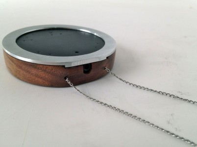 Wear: A Voice Recording Hearing Aid That Can Be Worn Like Necklace-1