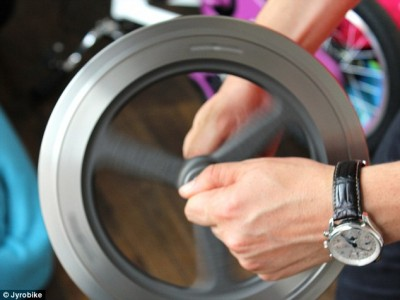 gyroscopic force to stable the bike