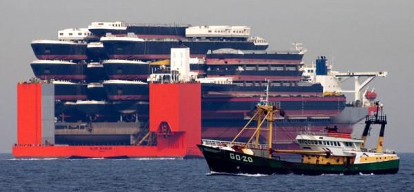 heavy ship cargo
