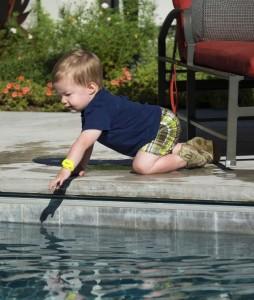 iSwimband to help adults