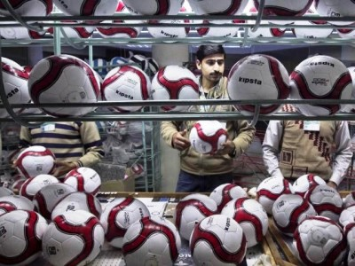 Sialkot Footballs-Top 10 Mind Blowing Achievements Of Pakistanis In Science And Technology-