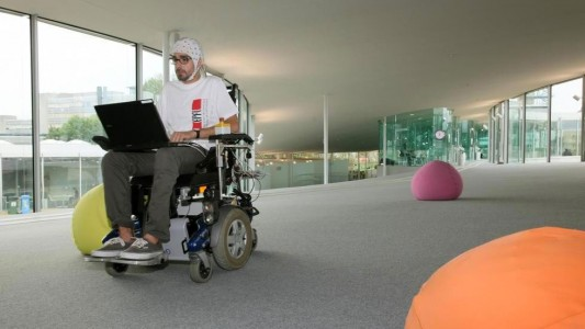 Engineering Students Use Power Of Thinking To Control Wheelchair-2