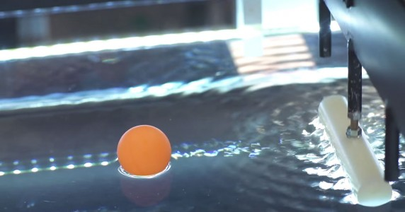 Groundbreaking-Scientists Manipulate Water Waves To Move Objects On A Desired Path-