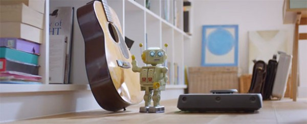 A Cute Love Story Between A Robot And A Robotic Vacuum Cleaner-1