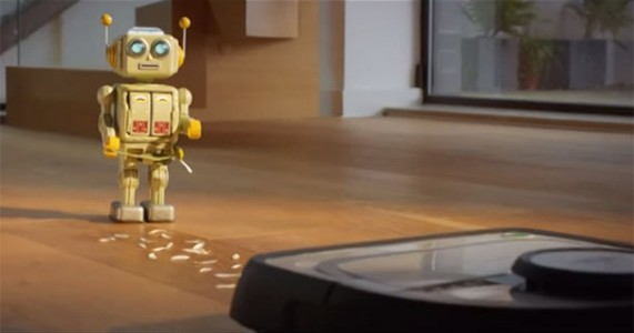A Cute Love Story Between A Robot And A Robotic Vacuum Cleaner-2