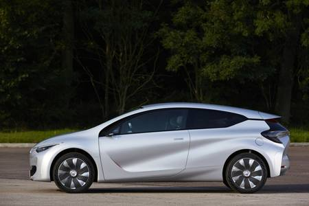 Renault's New Eolab Car Travels A Remarkable 100 km Per Liter Of Fuel-