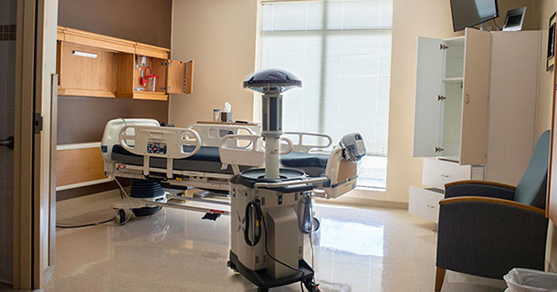 American Hospitals To Fight Ebola Virus Using Robots-1