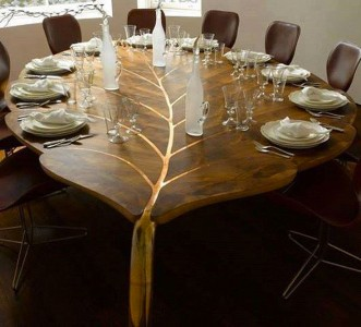 Top 18 Artistic Table Designs That Will Make You Admire Their Beauty-7