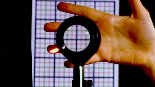 Amazing!!! Engineers Achieve Invisibilty Just Using 4 Lenses-2