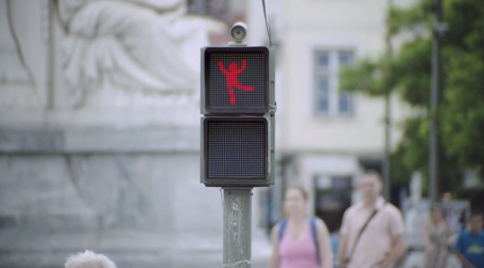 This Little Dancing Red Man Makes Wait For Red Light A Fun-3