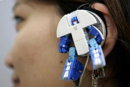 Transformer helmet-20 Stylish Audio Headphones To Enjoy Your Favorite Music-3