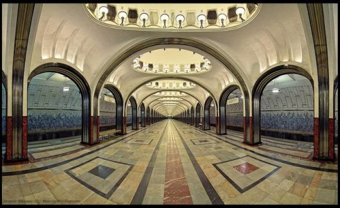 The Architecture And Beauty Of Moscow's Metro System Will Surely Blow You Away-1
