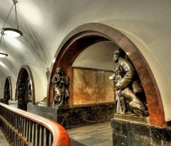 The Architecture And Beauty Of Moscow's Metro System Will Surely Blow You Away-5