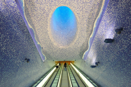 The Toledo station in Naples, Italy-25 Most Beautiful Subway Stations Around The World (Photo Gallery)-3
