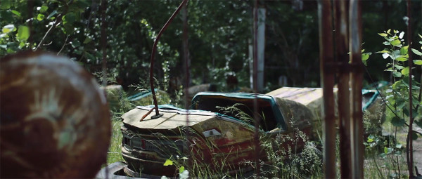 Scary Drone Video Captures Ruins of Ghost Town Of Chernobyl-3