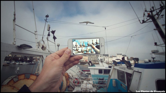 Using iPhone François Merges Fiction With Reality To Create Funny Picture Associations-