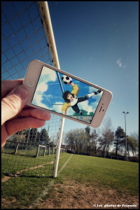 Using iPhone François Merges Fiction With Reality To Create Funny Picture Associations-7