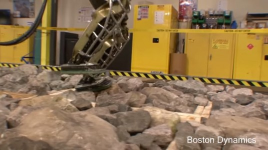 ATLAS-A Robot That Can Walk On Stone Without Falling-2