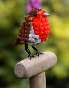 Amazing Bird Models Made Using Simple LEGO Bricks-8